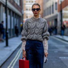 Knit and lace Knit Fashion, Sweater Fashion, Sweater Outfits, Casual Outfits, Fashion Looks, Fashion Outfits, Cardigans Crochet, Cardigan Gris, Sweater Weather
