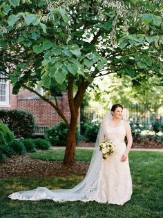 Flowers: Tre Bella | Photography: Perry Vaile | Read More: http://www.stylemepretty.com/2014/10/20/romantic-fearrington-village-barn-wedding/