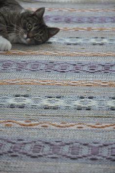 Discount Carpet Runners For Hall Loom Weaving, Tapestry Weaving, Hand Weaving, Floor Cloth, Floor Rugs, Entrance Rug, Textiles, Rustic Rugs, Tejidos