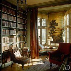 Love thw bookshelves