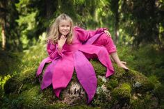 Tinttu.com Children Clothes, Fairy Tales, Kids Outfits, Rain Jacket, Kids Fashion, Windbreaker, Jackets, Design, Toddler Outfits