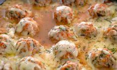 Iedereen kent wel de gehaktballetjes in tomatensaus. Maar ken je ook al deze heerlijke Franse uien-gehaktballetjes in kaassaus?