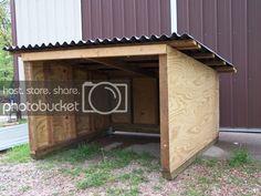 Sheep Shelter, Goat Shelter, Horse Shelter, Shelter Dogs, Livestock Farming, Goat Farming, Small Goat, Small Farm, Goat Playground