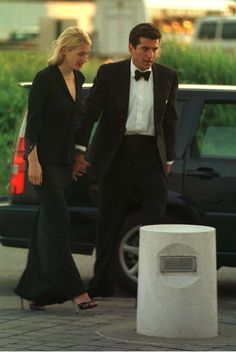 John F. Kennedy, Jr. and Carolyn Bessette-Kennedy, 1998