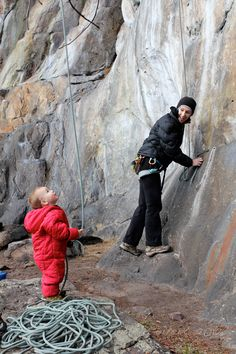 Love the red suit.... although I think he might be a little bit light to be belaying =P