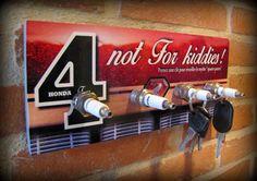 accroche clés moto honda CB 750 four par déco bolides : Décorations murales par deco-bolides