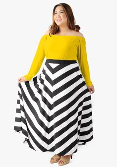 Look nothing short of stunning as you walk around wearing this off-shoulder long sleeved top in spandex to stripe maxi skirt in cotton. Gartered chest and waist. It's a totally marvelous package!