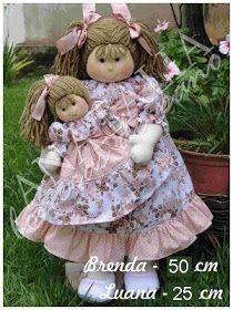 Brenda - 50 cm Luana - 25 cm Frete a Parte - Prazo a combinar Tecidos podem sair de linha, consultar antes de fechar pedido. Doll Patterns, Crochet Patterns, Christmas Gifts, Christmas Ornaments, Hello Dolly, Soft Dolls, My Princess, Baby Dolls, Doll Clothes