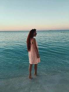 Get this look: http://lb.nu/look/8630221 More looks by Jenny Gvozdeva: http://lb.nu/kicky_jane Items in this look: Sandro Dress, Kenzo For H&M Sunnies #chic #minimal #romantic #kickyjane #fashionblogger #russianblogger #russianfashionblogger #cuba #trip