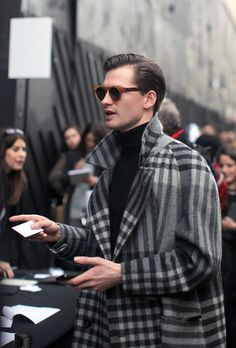 THE coat & shades. Just too cool...