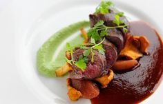 Loin of venison with broccoli and stilton purée and red wine sauce - via Josh Eggleton ---> and open Frankovka Modra 2005 Male Karpaty Family Winery Handzus