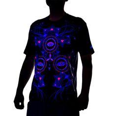 DIGEYE t-shirt psytrance pour homme, imprimé psychédélique UV, réfléchissant lumière noire, motif oeil futuriste, cyber, electro, trance,Fait main,Matériaux : t shirt, homme, imprimé, sérigraphie, coton, imprimés UV, couleurs UV, réfléchissant à la lumière noire, imprimés UV, couleurs UV, réfléchissant à la lumière noire, T-shirt homme psywear au design 3D (à voir avec lunettes 3D), imprimés géométriques et psychédéliques UV devant et dans le dos.