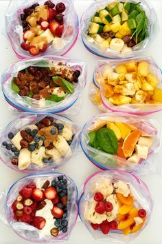 5 Smoothie Kits for a Week of Make-Ahead Breakfasts — Make-Ahead Breakfast Rec. 5 Smoothie Kits for a Week of Make-Ahead Breakfasts — Make-Ahead Breakfast Recipes Freezer Smoothies, Healthy Breakfast Smoothies, Healthy Drinks, Healthy Snacks, Breakfast Recipes, Healthy Recipes, Make Ahead Smoothies, Healthy Make Ahead Breakfast, Breakfast Ideas