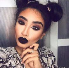 I want to wear black lipstick now!  So pretty.