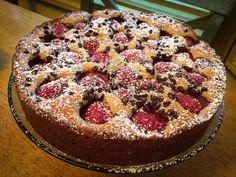 Strawberry Choc Chip Cake