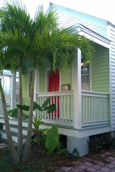 Key West 'shot gun' cottage with a wonderful red door.