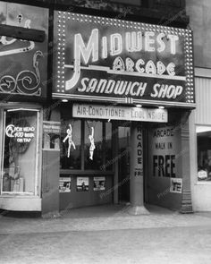 Midwest Arcade 1950s Peep Shows Games Vintage 8x10 Reprint Of Old Photo