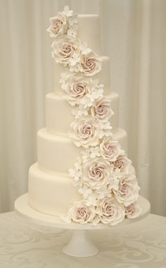 The prettiest rose wedding cake we have every seen!