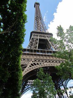 Olin 9. luokalla vaihto-oppilaana Ranskassa. Opin hiukan ranskaa mutta enimmäkseen kehitin englannin taitoani. Projekti oli kouluni järjestelemä, joten sen takia opiskeluni Ranskassa kesti vain 10 päivää.