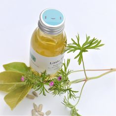 Little Herbs Tummy Rub helps with elasticity and preventing stretchmarks as your bump expands. Baby Massage, Massage Oil, Omega Oils, Oil For Stretch Marks, Apricot Kernels, Flaky Skin, Cheer You Up, Healthy Skin, Rounding
