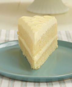 Lemon Cream Cake is an all-out lemon dessert experience! It's so deliciously cool, creamy, and downright fabulous!