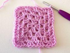marinkeslump_crochetfundamentals_grannysquare-step9