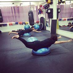 Superman! #exercise #workout #BOSU #fitness #core Wellness Fitness, Physical Fitness, Fitness Tips, Fitness Motivation, Health Fitness, Bosu Workout, Workout Routines, Workout Ideas, Ball Workouts