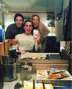 """At last night's performance, Ben's former Pitch Perfect co-stars Skylar Astin and Anna Camp stopped by. And how cute is this picture?!? 