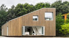 The-WFH-House-by-Arcgency_PhotoJens-Markus-Lindhe (Shipping container architecture)
