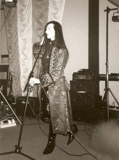 Matthew Carl Lucian (Suspiria) - Picture taken at Whitby Gothic Weekend, 1995 Deathrock Fashion, Punk Fashion, Gothic Fashion, Afro Punk, Punk Goth, 80s Goth, Victorian Goth, Gothic Lolita, Gothic Men