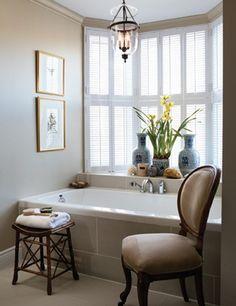 lighting - http://houseandhome.com/design/traditional-ensuite-bath