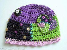Как украсить вязаную шапку?  How to decorate a crochet