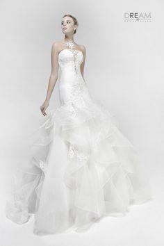5ba712736f0d DREAM SPOSA ATELIER - L abito da sposa modello Sensuale