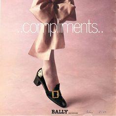 #오마리뉴스 #marienews  오늘은 타임머신을 돌려 #발리(@bally) 아카이브를 탐색해 볼까요? 1969년 광고 캠페인에 등장한 #자넬(#BallyJanelle) 컬렉션이 올가을 새롭게 단장하여 돌아온다는 소식입니다!  청키한 스퀘어 버클이 매력적인 #자넬슈즈 는 뒤축을 구겨 신을 수 있도록 디자인된 #바부슈(#babouche)로 재탄생할 예정! 에디터는 블랙 버클이 더해진 화이트 슈즈를 #위시리스트 에 담아 봅니다. #자신감장착 을 위하여 30mm 플랫보단 85mm 힐이 좋겠어요!#슈스타그램 editor/LGH  via MARIE CLAIRE KOREA MAGAZINE OFFICIAL INSTAGRAM - Celebrity  Fashion  Haute Couture  Advertising  Culture  Beauty  Editorial Photography  Magazine Covers  Supermodels  Runway Models