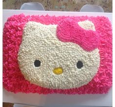 Hello kitty cake Hello Kitty Birthday Cake, Hello Kitty Cake, Birthday Cake Girls, 38th Birthday, 6th Birthday Parties, Torta Baby Shower, Cupcake Icing, Kitty Party, Cake Cover
