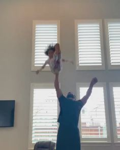Memes Discover Little girl handled herself well Funny Videos For Kids, Cute Baby Videos, Funny Short Videos, Funny Video Memes, Funny Kid Pictures, Baby Pictures, Cute Funny Babies, Funny Cute, Cute Kids