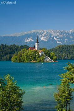 Mountain bike day tour:  BEST OF BLED & AROUND: Bike around Lake Bled, visit Vintgar Gorge and its beautiful surroudings #bled #slovenia #vintgar