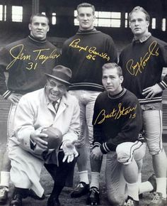 Bart Starr Signed Packers Photo for sale online Nfl Football Players, Packers Football, Football Memes, Sport Football, Packers Baby, Sports Basketball, Football Cards, Vikings Football, Minnesota Vikings