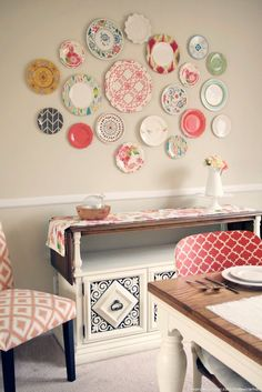 17 Reasons to Drop Everything and Buy Cheap Thrift Store Dishes ! Create a plate wall without even having to put one nail hole in the wall.!