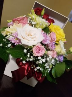 Beautiful Flowers, Bb, Floral Wreath, Prom, Wreaths, Couple, Table Decorations, Happy, Instagram Posts