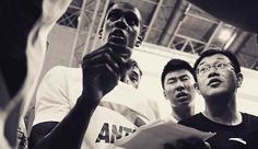 Rondo Gets Warm Welcome in China - http://on.nba.com/1J8NulK