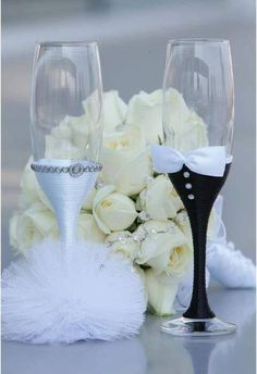 You can try these DIY wedding champagne glasses Ideas.. Source:DIY Wedding Champagne Glasses IdeasRetrieved from