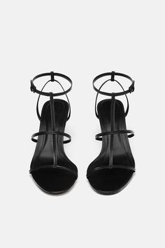 Black Strappy Heels, Leather High Heels, Strappy Sandals, High Sandals, Basket A Talon, Aesthetic Shoes, Sneaker Heels, Kinds Of Shoes, Zara Shoes