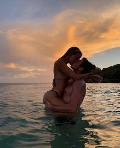 Best Picture For Train travel australia For Your Taste You are looking for something, and it is going to tell you exactly what you are looking for, and you didn't find that picture. Here you will find Cute Couples Photos, Cute Couple Pictures, Cute Couples Goals, Couple Photos, Romantic Couples, Beach Pictures, Romantic Travel, Beautiful Pictures, Couple Goals Relationships