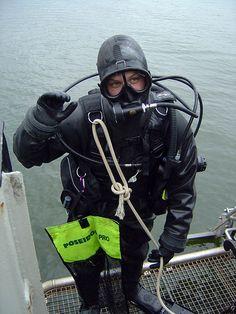 Cressi Sub FFM/Cressi diving equipment Scuba Wetsuit, Scuba Diving Gear, Women's Diving, Diving Suit, Scuba Diving Equipment, Snorkel Mask, Womens Wetsuit, Rain Gear, Biker Girl