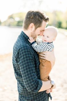 Father Son Pictures, Baby Family Pictures, Toddler Pictures, Milestone Pictures, Beach Family Photos, Beach Pictures, Father Son Photography, Children Photography Poses, Beach Photography