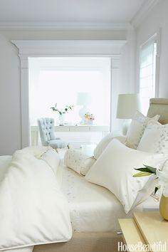 Barbara Barry's guest bedroom