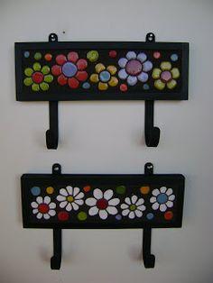 Yemina Serodino: Precios Argentina ... Mosaic Art Projects, Mosaic Crafts, Mosaic Tile Art, Mosaic Glass, Mosaic Designs, Mosaic Patterns, Mirror Crafts, Stone Crafts, Foam Crafts