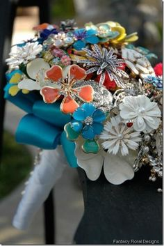 Bouquet of vintage brooches.