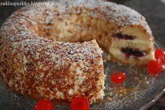Leipuri-kondiittorin blogi täynnä makeita ja suolaisia reseptejä laidasta laitaan. Erikois- ja fantasiakakut ovat kaikkein lähinnä sydäntä! Frankfurt, Bagel, Food And Drink, Bread, Baking, Desserts, Recipes, Postres, Patisserie